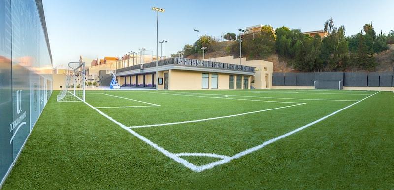 Terrain stage football